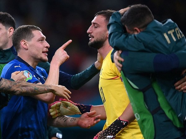 Gianluigi Donnarumma tak bisa berkata-kata usai antar Italia ke final.