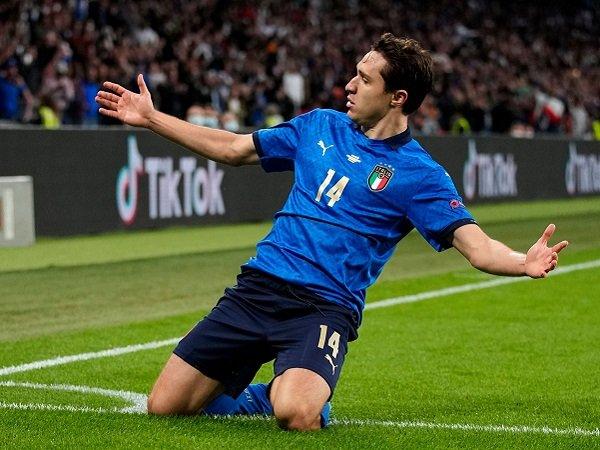 Federico Chiesa sukses memberikan kemenangan untuk Italia.