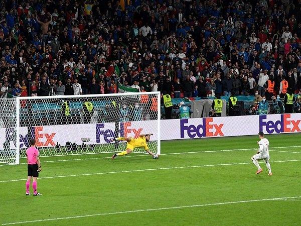 Gerard Pique keluhkan ketidakadilan dalam sesi adu penalti.