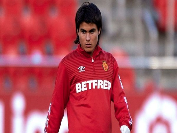 Lazio menangi perburuan Romero
