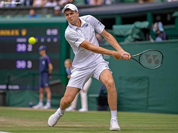 Hubert Hurkacz tembus semifinal Grand Slam pertama dalam kariernya di WImbledon 2021