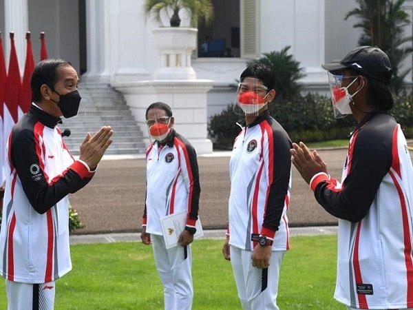 Presiden Jokowi saat melepas atlet Olimpiade Indonesia. (Images: Kemenpora)