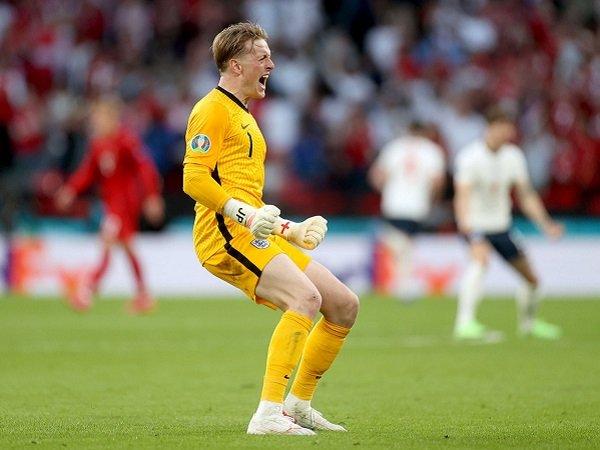 Jordan Pickford lewati rekor Gordon Banks di timnas Inggris.