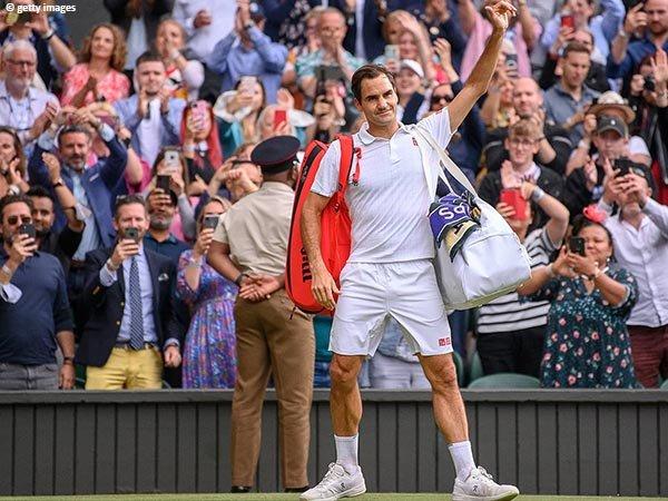 Reaksi Roger Federer usai kalah di perempatfinal Wimbledon 2021