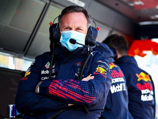 Christian Horner tak mau sombong atas keunggulan Red Bull dari Mercedes.