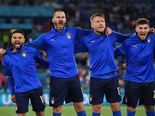 Gary Lineker harapkan para fans Inggris tidak cemooh lagu kebangsaan Italia.