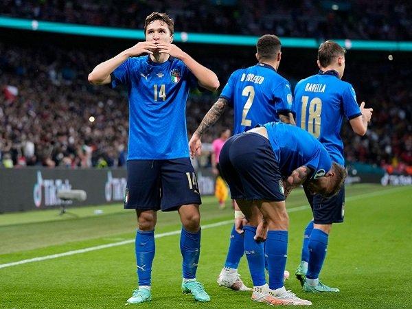 Italia dikabarkan takkan ubah line-up kontra Inggris.