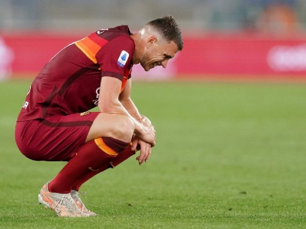 Jose Mourinho yakinkan Edin Dzeko tentang masa depannya di AS Roma