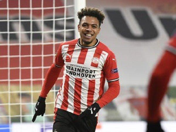 Borussia Dortmund kesulitan rekrut Donyell Malen