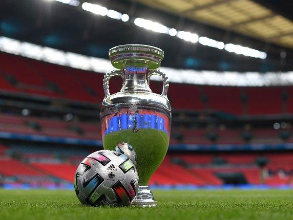 Italia dan Inggris berhadapan untuk rebut trofi Piala Eropa 2020.