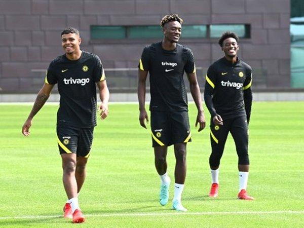 Para pemain Chelsea sudah kembali berlatih (Sumber: Twitter)
