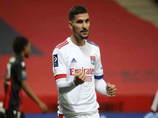Tottenham ingin rekrut Aouar