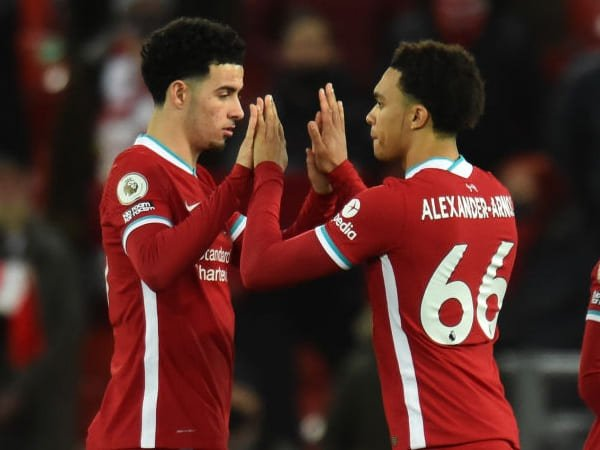 Elliott Lihat Dua Sosok Pemain Muda Liverpool untuk Dicontoh
