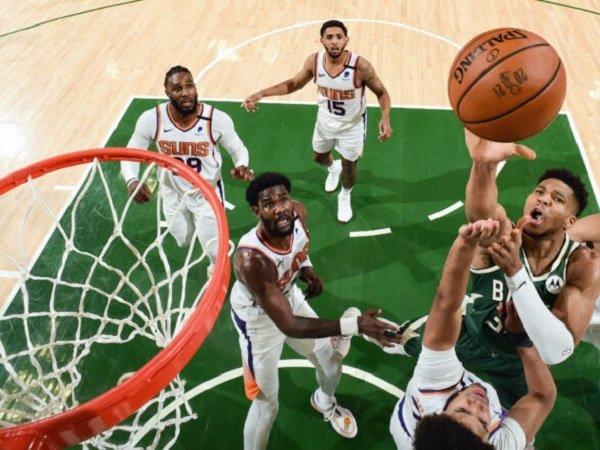 Pemain andalan Milwaukee Bucks, Giannis Antetokounmpo . (Images: NBA)