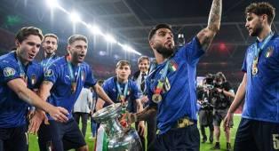 Italia dan Argentina Bakal Jumpa di Final Piala Super Internasional?