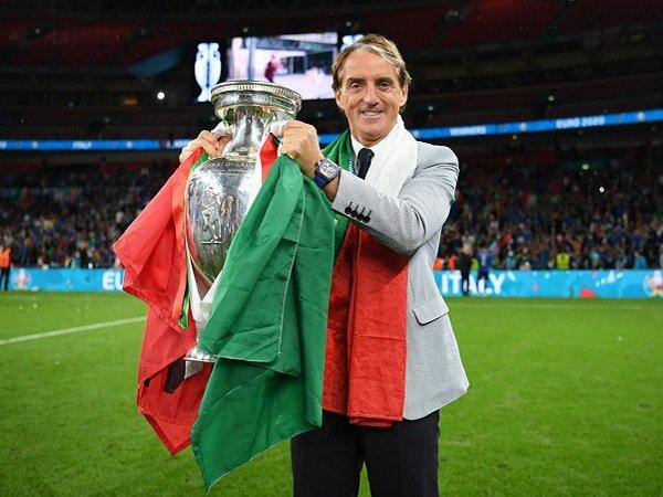 Roberto Mancini beri sanjungan kepada Italia.