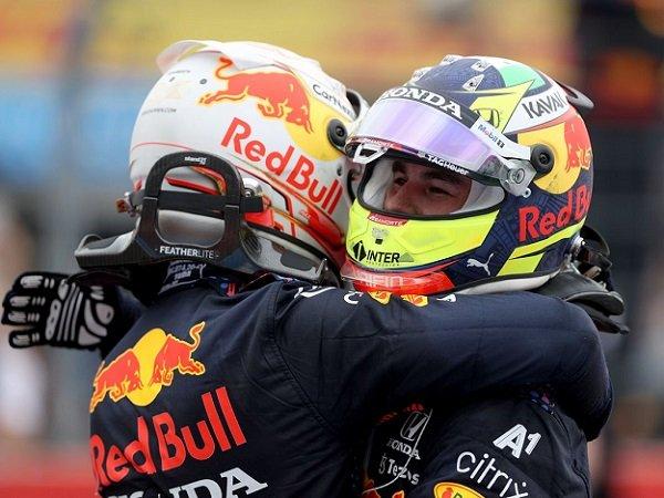 Red Bull, Max Verstappen, Sergio Perez