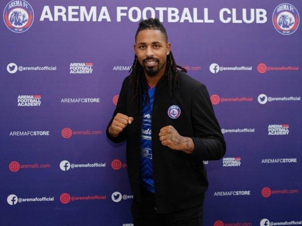 Penyerang anyar Arema FC, Carlos Fortes