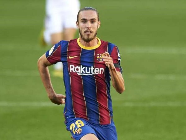 Bek Barcelona, Oscar Mingueza.