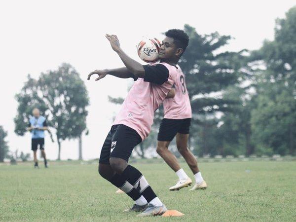 Penyerang muda PS Tira, Ronaldo Wanma