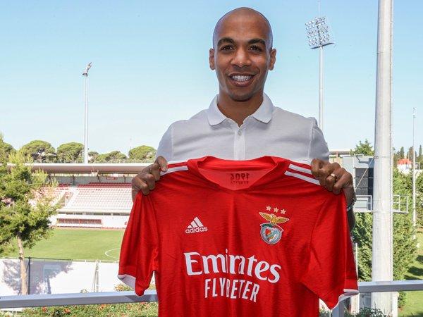 Gelandang Benfica, Joao Mario.