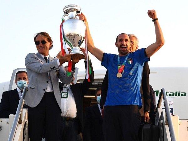 Giorgio Chiellini dedikasikan trofi Piala Eropa 2020 kepada Davide Astori.