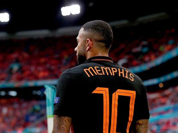 Memphis Depay minta fans Barcelona memanggilnya dengan nama depan saja.