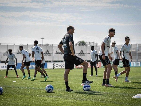 Juventus hadapi Cesena dalam laga uji coba akhir pekan ini.