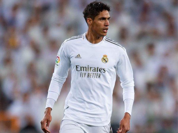 Bek Real Madrid, Raphael Varane.