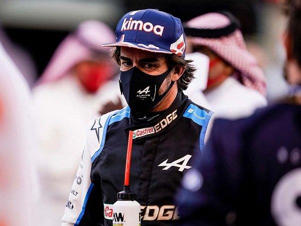 Hasil di GP Inggris sudah cukup buat Fernando Alonso sumringah.