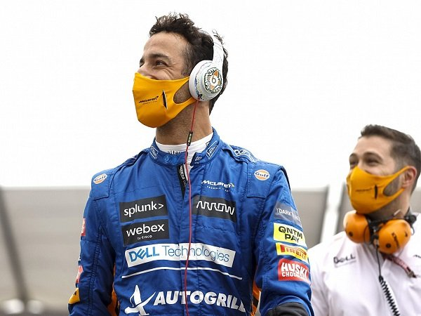 Peningkatan performa Daniel Ricciardo di GP Inggris buat bos McLaren puas.