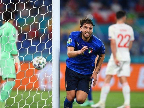 Manuel Locatelli bisa dipinjamkan ke Juventus.