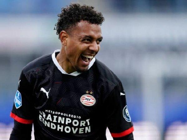 Borussia Dortmund segera selesaikan transfer Donyell Malen