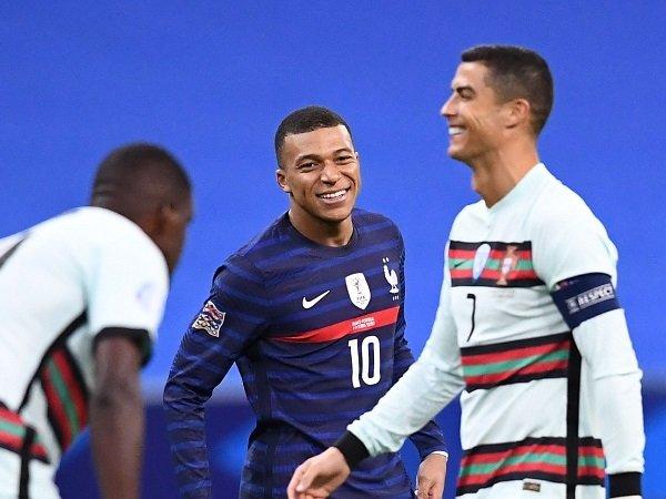 Transfer Kylian Mbappe bisa pengaruhi masa depan Cristiano Ronaldo.