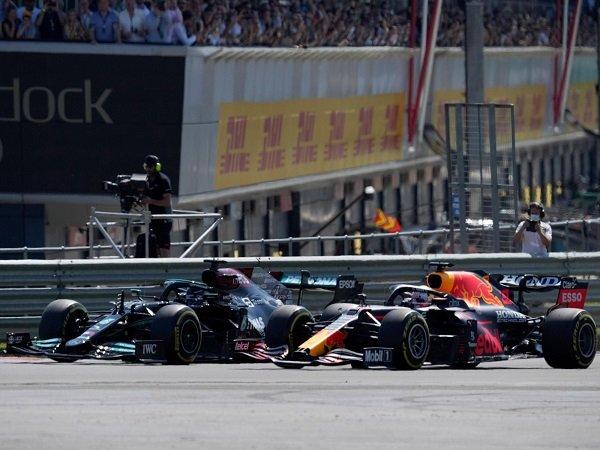 Red Bull Racing alami kerugian besar dampak dari insiden Verstappen-Hamilton.