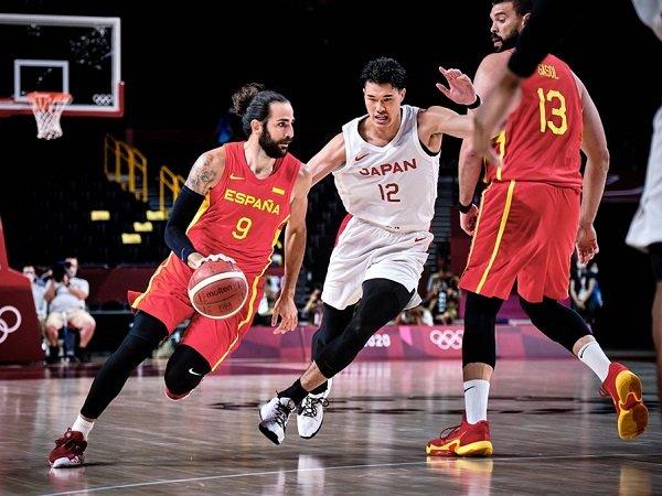 Spanyol masih terlalu tangguh untuk Jepang di laga fase grup Olimpiade Tokyo 2020.