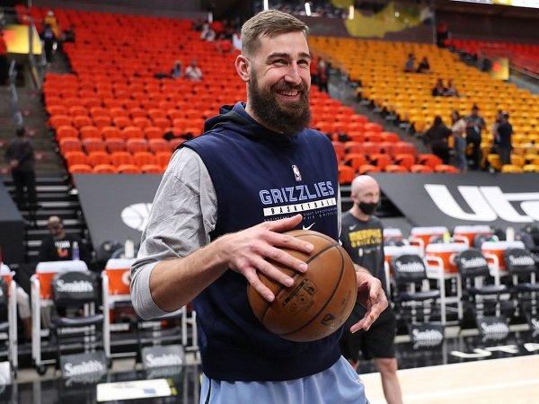 Memphis Grizzlies sepakat tukar Jonas Valanciunas ke New Orleans Pelicans.