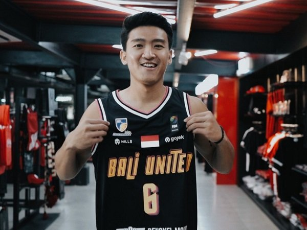 Abraham Wenas tak sungkan pasang target tinggi bersama Bali United.