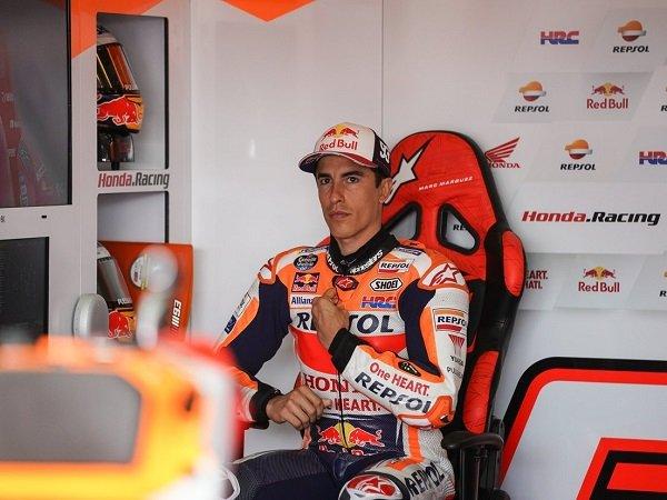 Alberto Puig ingatkan para rivalnya soal performa Marquez di kondisi prima.