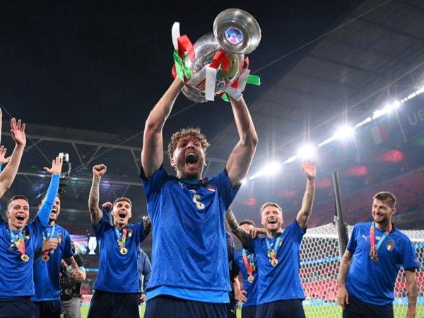 Manuel Locatelli masih diharapkan gabung Juventus.