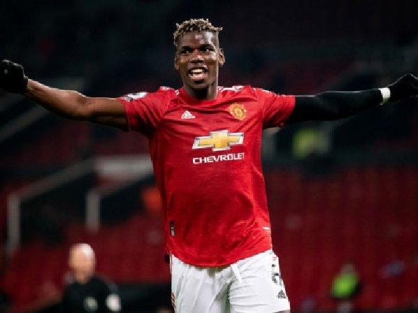 Para pemain MU membujuk Paul Pogba untuk tetap bertahan