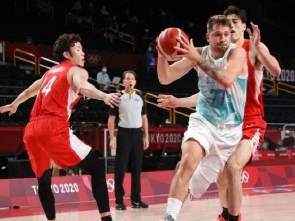 Bintang Slovenia, Luka Doncic saat melawan Jepang. (Images: Getty)