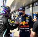Mark Webber Senang Lihat Duel Sengit Antara Hamilton Dengan Verstappen