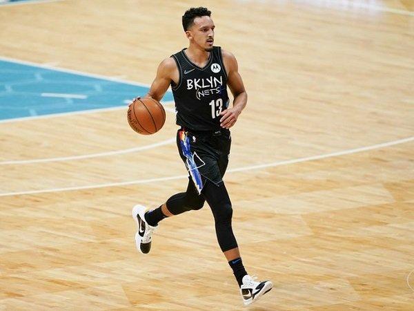 Phoenix Suns dapatkan jasa Landry Shamet dari Brooklyn Nets.