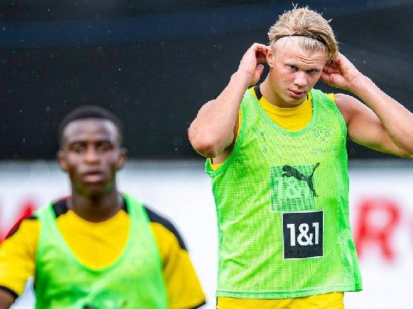 Erling Haaland dapat pujian dari striker Borussia Dortmund lainnya, Youssoufa Moukoko