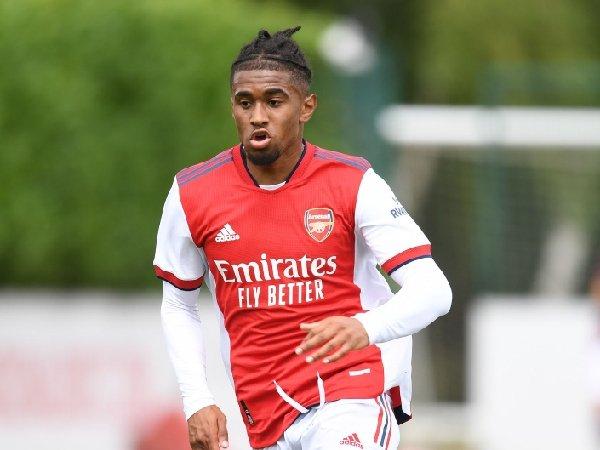 Patrick Vieira ingin membawa Reiss Nelson ke Crystal Palace