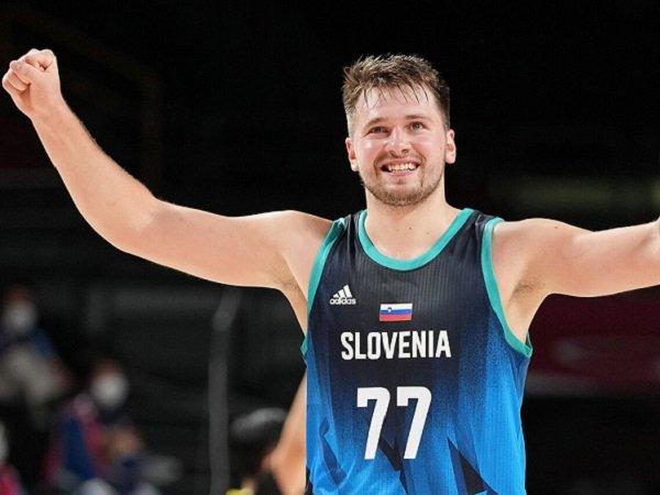 Hasil gemilang dicatat Slovenia.