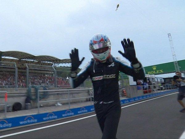 Hasil luar biasa dicatat Pebalap Alpine-Renault, Esteban Ocon.