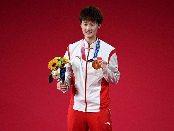Cina makin menjadi-jadi dalam daftar perolehan medali sementara Olimpiade Tokyo 2020.