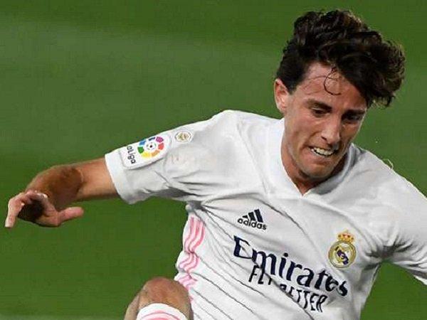 Bek Real Madrid, Alvaro Odriozola. (Images: Getty)